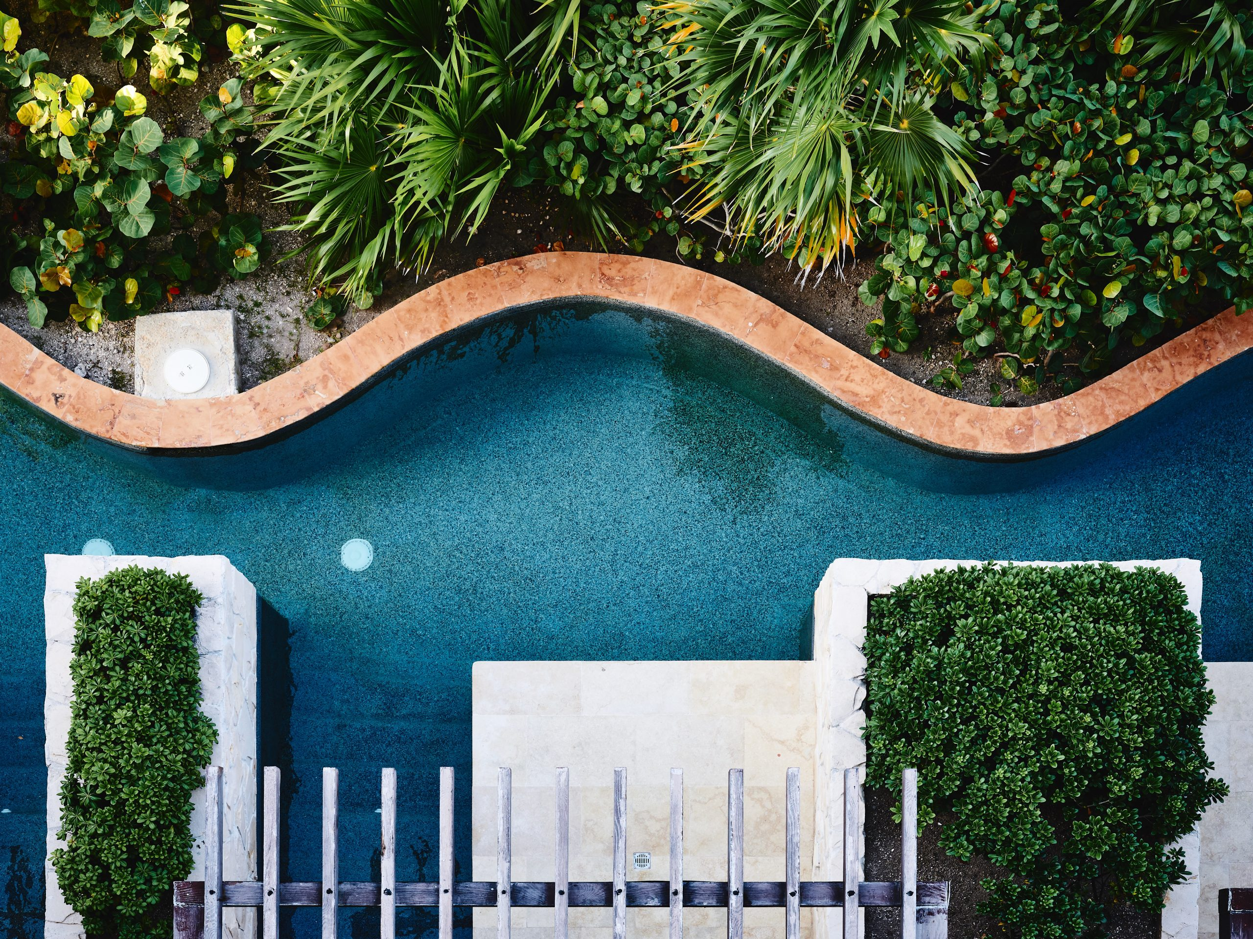Why Should You Hire a Pool Cleaning Service for Your Pool?