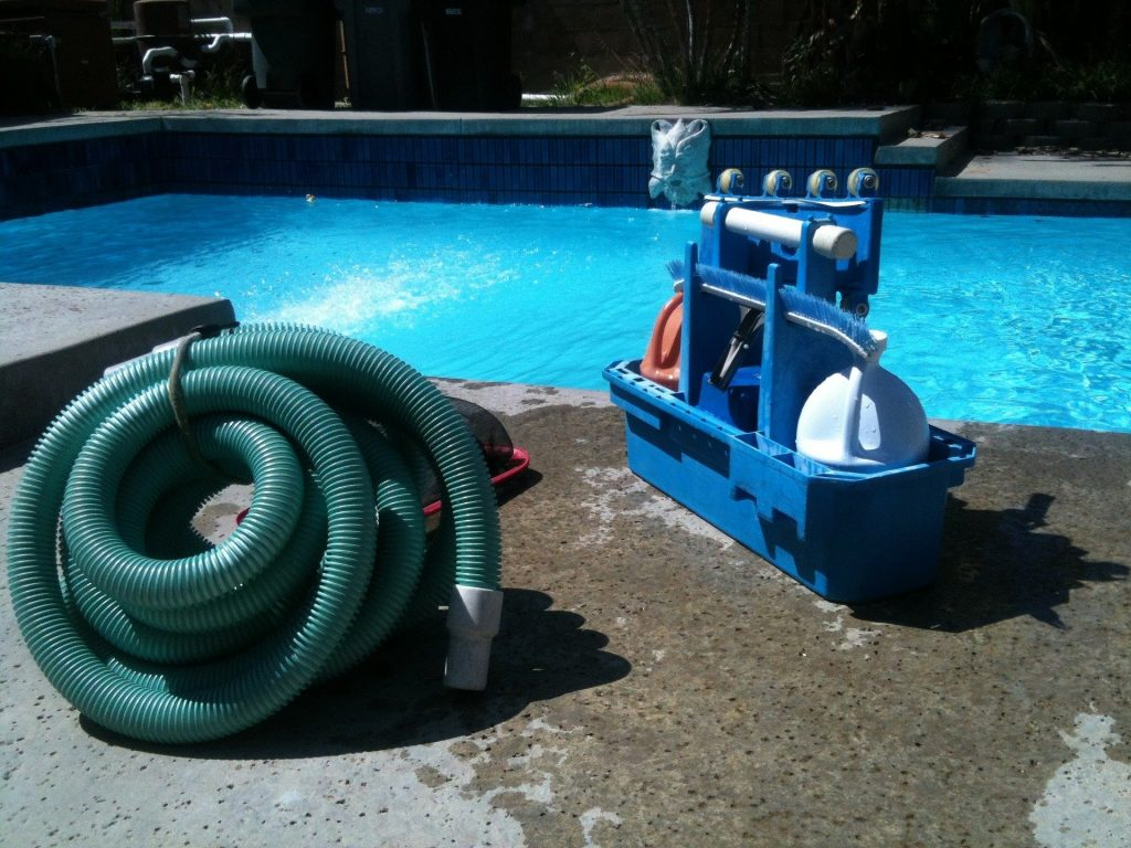 pool cleaning robot